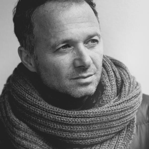 Social52.ch Portrait Photography - Head Shots- Male Models