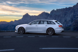 Car Photography and Retouching by Social52.ch